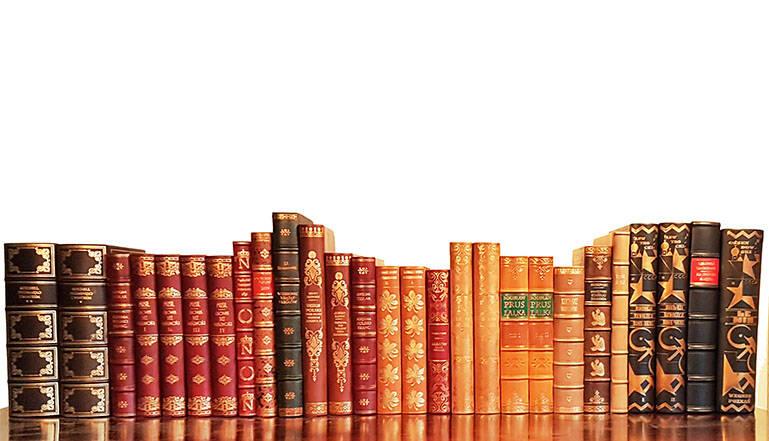 luksusowe książki w skórzanych oprawach, książka na ekskluzywny prezent,  książki oprawione w skórę, luxury gifts, exclusive leather bound books, bookbinder, leather binding, usługi introligatorskie, oprawa książek w skórę, introligatorstwo, antykwariat